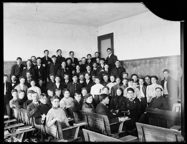 Classroom of commercial students and teachers at the State Normal School, Kearney, Nebraska