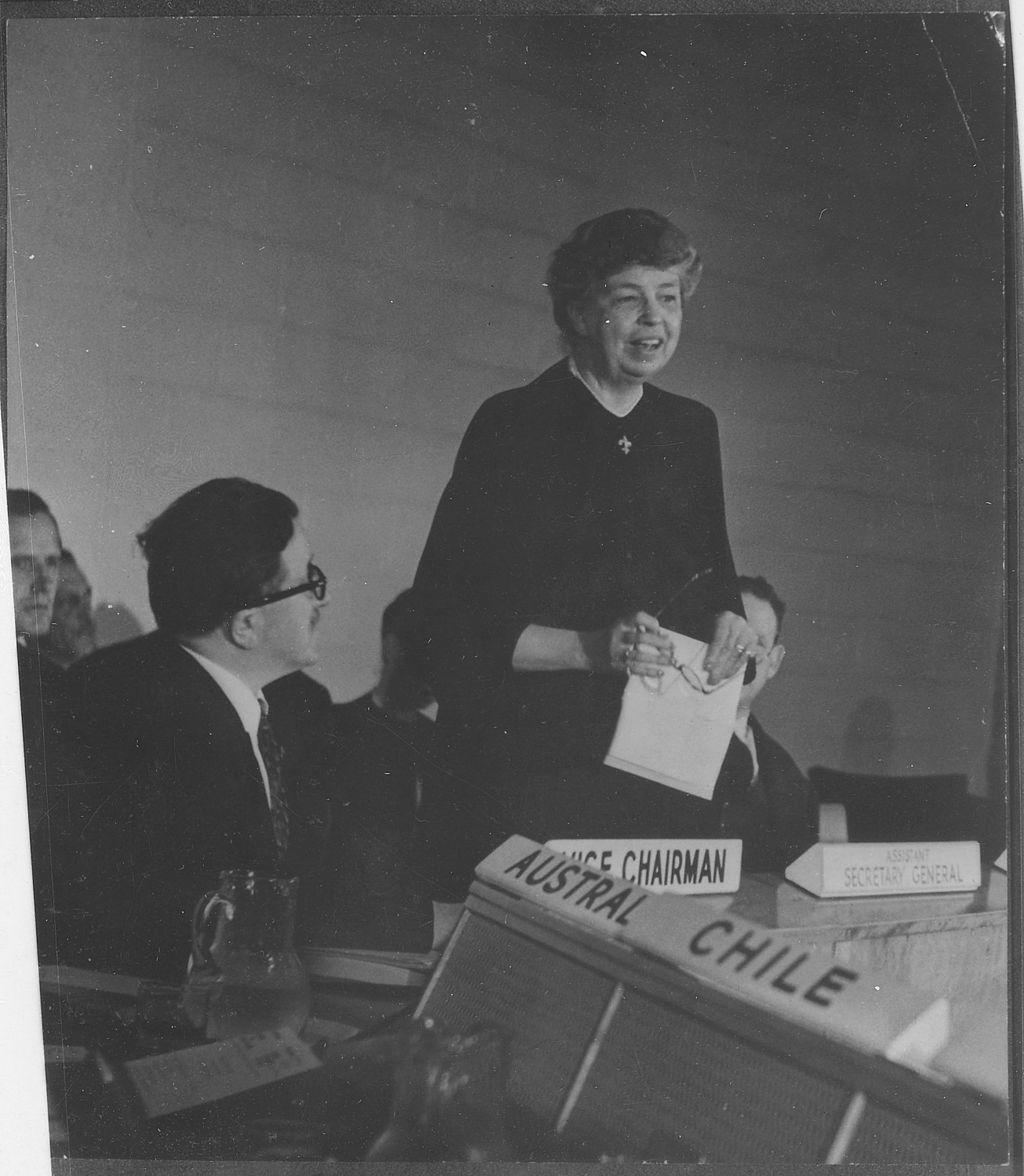 Eleanora Roosevelt na spotkaniu Komisji Praw Człowieka ONZ