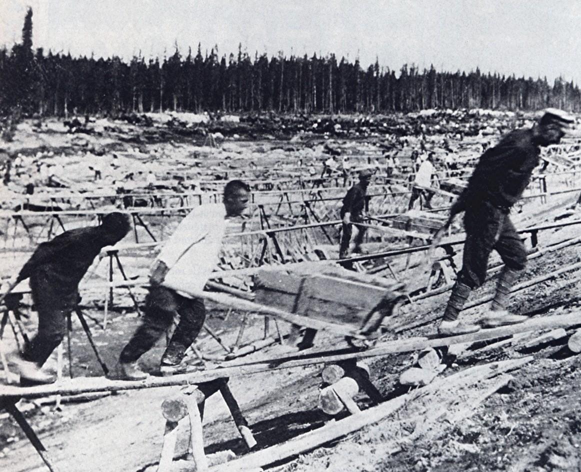 Więźniowie przy budowie Kanału Białomorsko-Bałtyckiego
